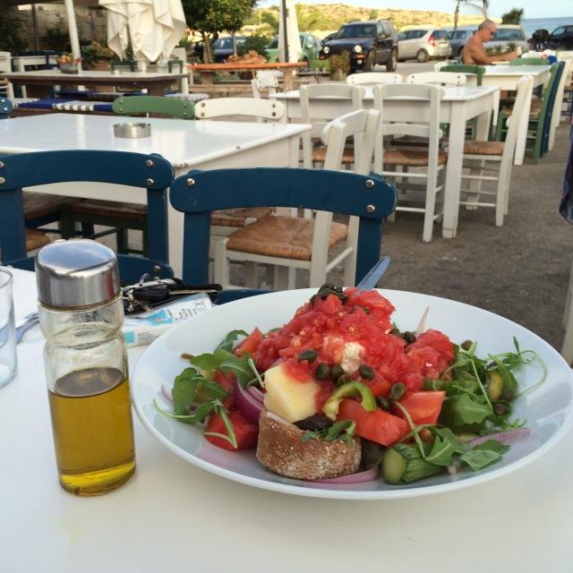 Cretan salad and olive oil
